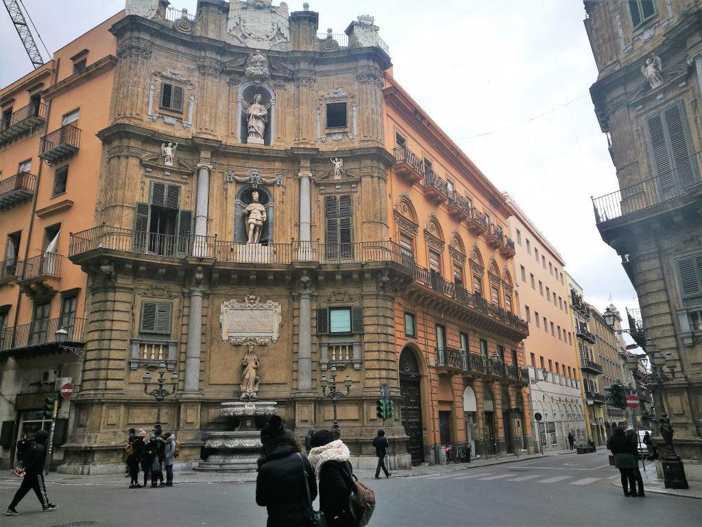 quattro canti dove dormire a Palermo