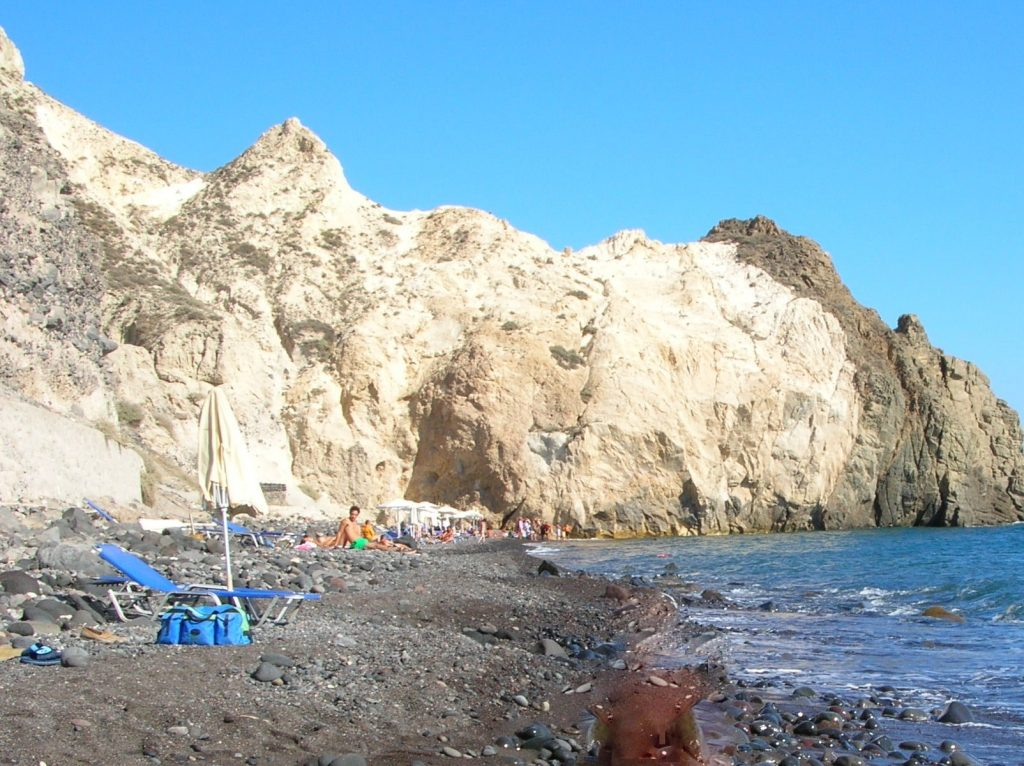 black beach spiagge santorini